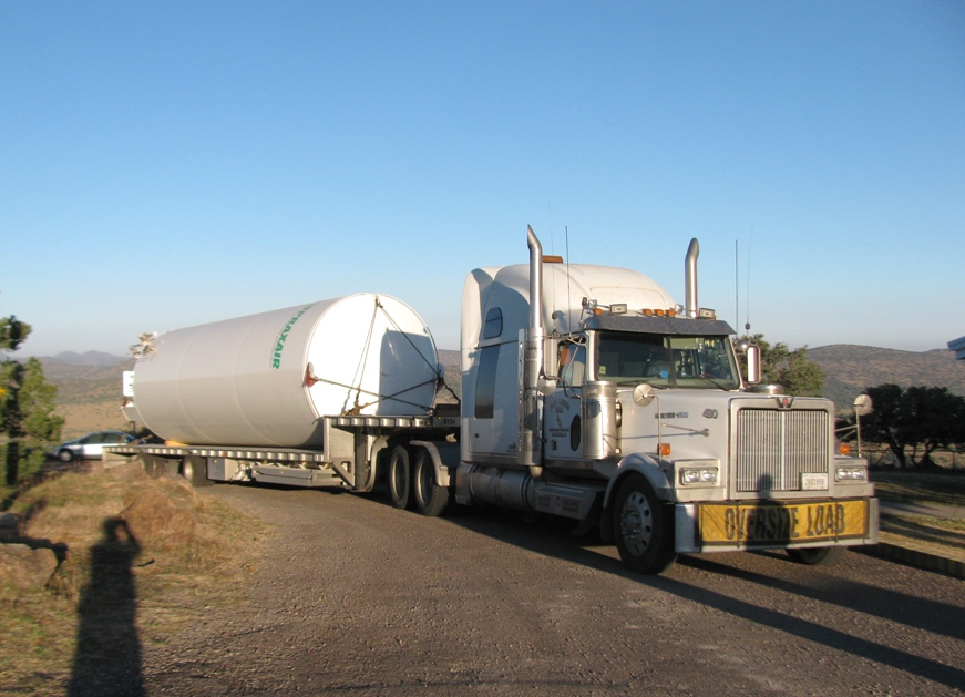 The storage tank is delivered to the top of Mount Fowlkes